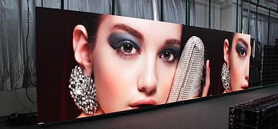 P2 LED Video Wall , aging process